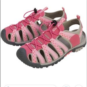 Breast cancer sport sandals